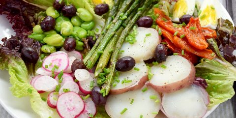 Salad World - Vegetarian Nicoise Salad in Portland